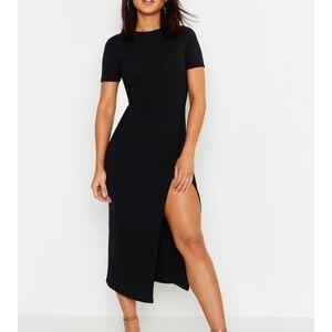 **NWT** Boohoo Black Jumbo Split Side Midi Dress